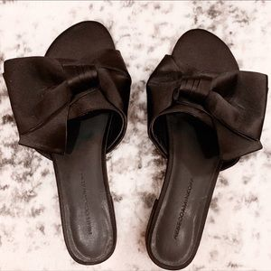 REBECCA MINKOFF BLACK SATIN CALISTA SLIDE